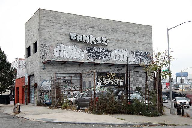 Banksy bubble lettering in New York