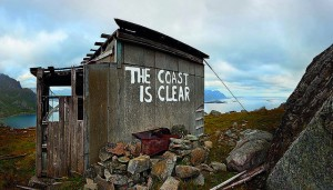 dolk_the_coast_is_clear