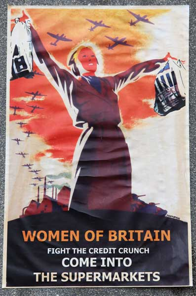Women Of Britain - Junkerade