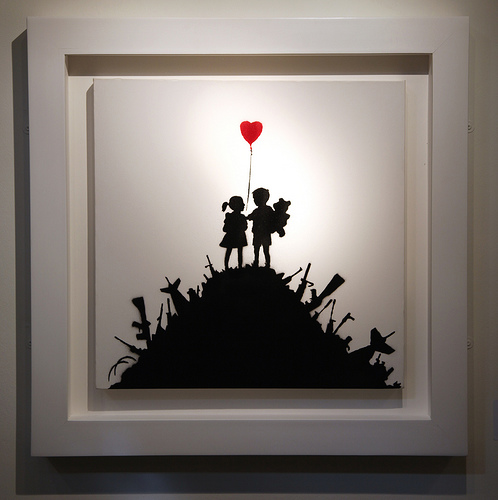 Banksy - Kids With Guns canvas