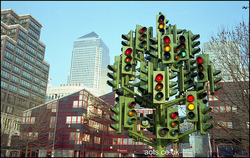 Traffic Light Sculpture, Canary Wharf