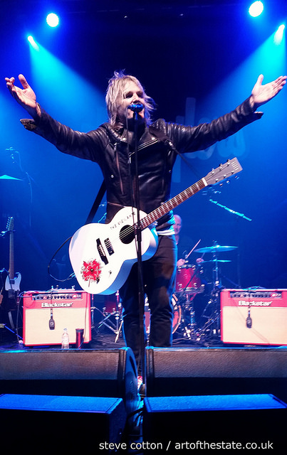 Mike Peters, The Alarm