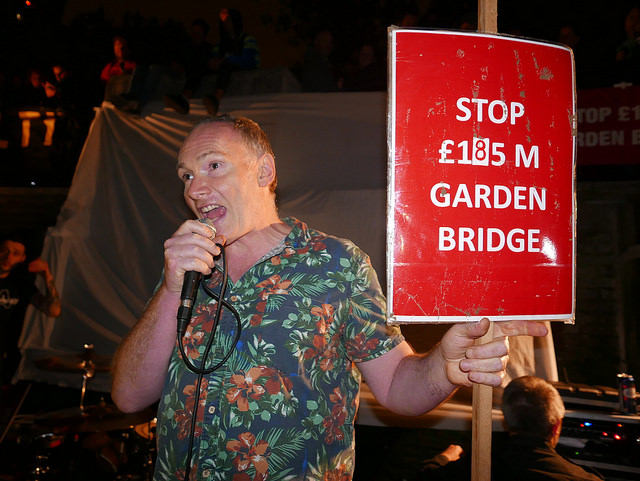 TCOS - against the garden bridge
