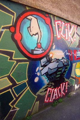 Banksy Clik Clak Boom