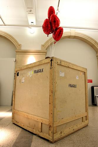 banksy balloon crate