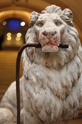 Banksy _ ex lion tamer