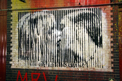 Mr Brainwash / MBW 'Freedom Kiss'