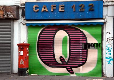 Eine Letter Q