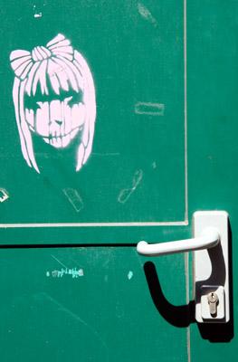 Face stencil