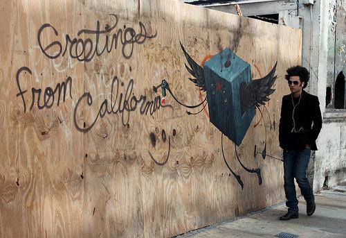 Jeff Soto 'Greetings From California' graffiti, Brick Lane, London