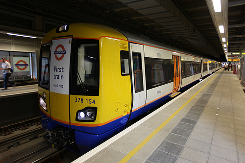 First train on the London Overground