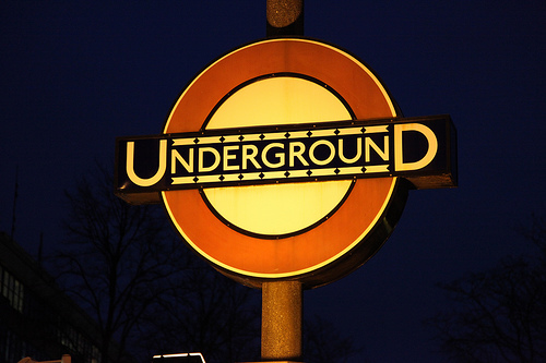 London Underground Roundel sign _ Edward Johnston