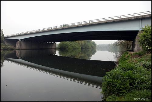 M3 Chertsey bridge