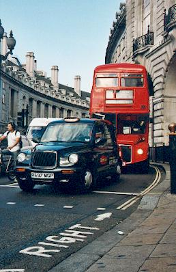 Regent Street London, London Bus and Taxi picture