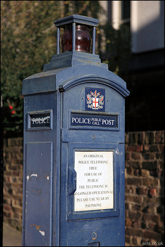 Police Public Call Post
