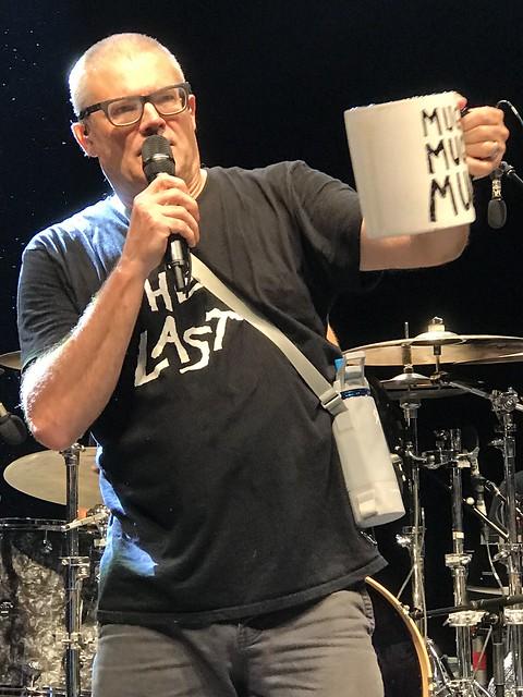 Descendents - Mug Mug Mug