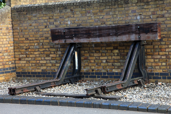 Staines West station buffers